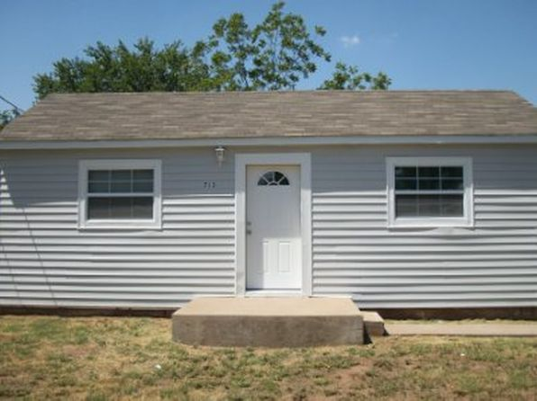2 bed 1 bath Single Family at 713 W 3rd St Burkburnett, TX, 76354 is for sale at 40k - 1 of 4
