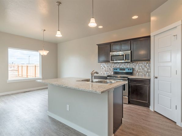 5 bed 2.5 bath Single Family at 4852 S Pinto Ave Boise, ID, 83709 is for sale at 318k - 1 of 14