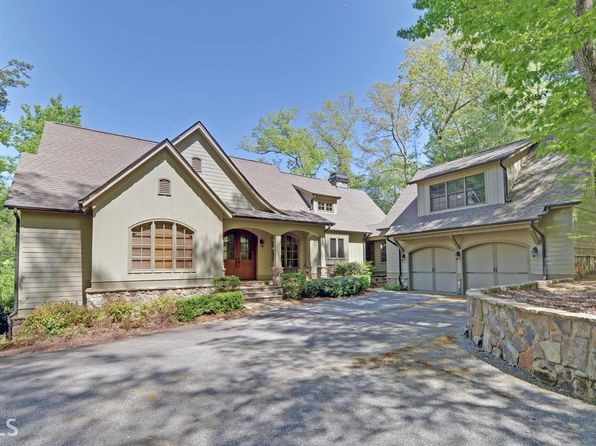 5 bed 5 bath Single Family at 199 Point Dr Clarkesville, GA, 30523 is for sale at 2.40m - 1 of 25