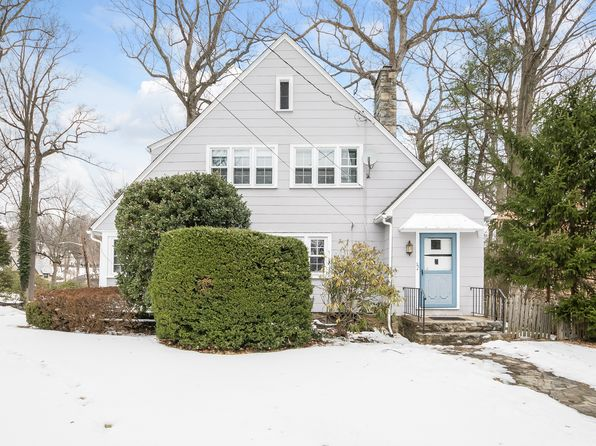 3 bed 2 bath Single Family at 20 Glenwood Rd Scarsdale, NY, 10583 is for sale at 715k - 1 of 27