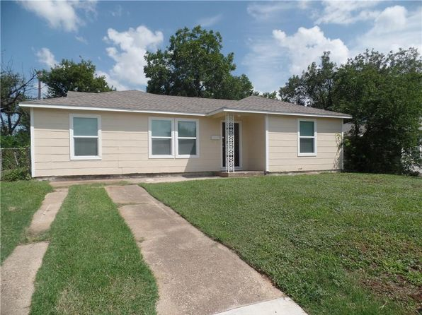3 bed 1 bath Single Family at 817 E Devitt St Fort Worth, TX, 76110 is for sale at 99k - 1 of 16