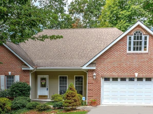3 bed 2 bath Single Family at 221 Oohleeno Trce Loudon, TN, 37774 is for sale at 292k - 1 of 30