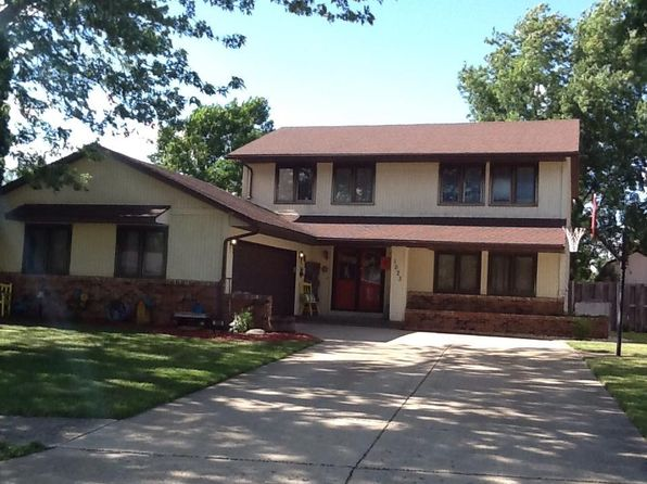 4 bed 3 bath Single Family at 1023 North Dr Rantoul, IL, 61866 is for sale at 142k - 1 of 39