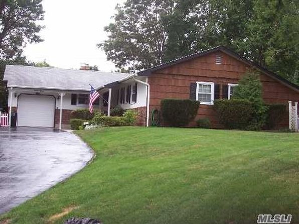 3 bed 3 bath Single Family at Undisclosed Address Nesconset, NY, 11767 is for sale at 450k - 1 of 10