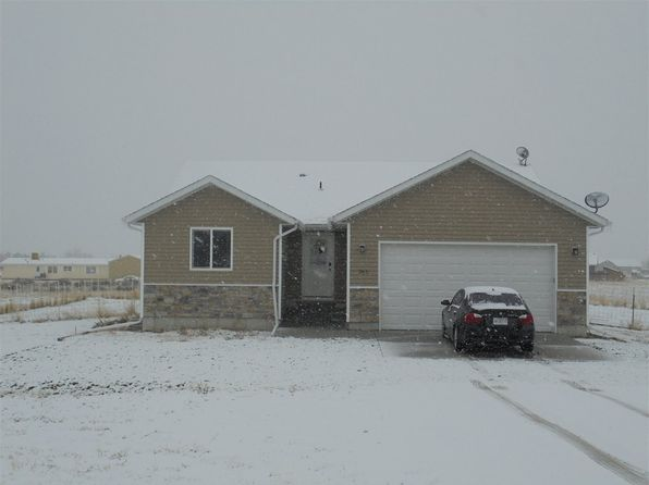 5 bed 2 bath Single Family at 261 Edgebrook Dr Spring Creek, NV, 89815 is for sale at 259k - 1 of 19