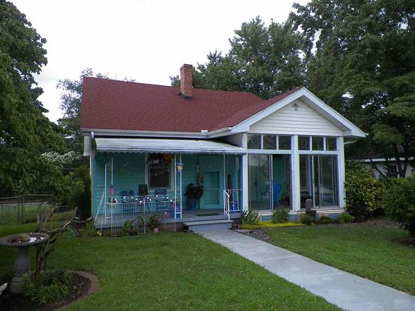 2 bed 1 bath Single Family at 17 Lawrence St Lyman, SC, 29365 is for sale at 75k - 1 of 12