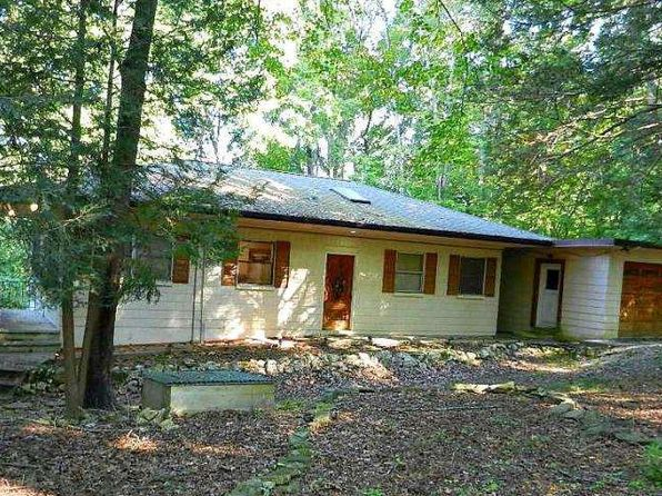 4 bed 3 bath Single Family at 204 MERRIWATER WAY KINGSTON, TN, 37763 is for sale at 143k - 1 of 20