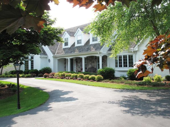 4 bed 5 bath Single Family at 123 W IRONWOOD LN MEQUON, WI, 53092 is for sale at 749k - 1 of 25