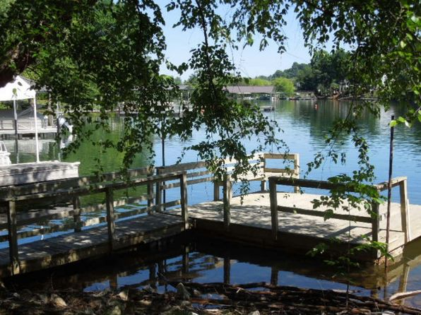 2 bed 2 bath Single Family at 687 Beech Cove Dr Hiawassee, GA, 30546 is for sale at 290k - 1 of 24