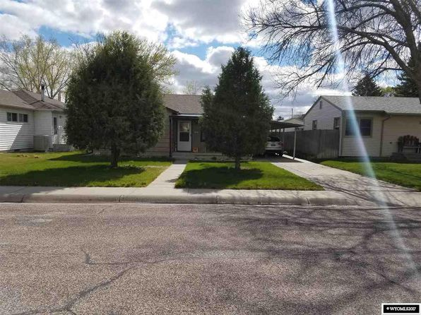 4 bed 1.25 bath Single Family at 2333 E E St Torrington, WY, 82240 is for sale at 95k - 1 of 12
