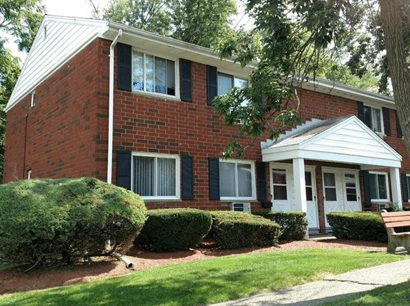 2 bed 1 bath Cooperative at 1 Manor Dr Cornwall, NY, 12518 is for sale at 80k - 1 of 12