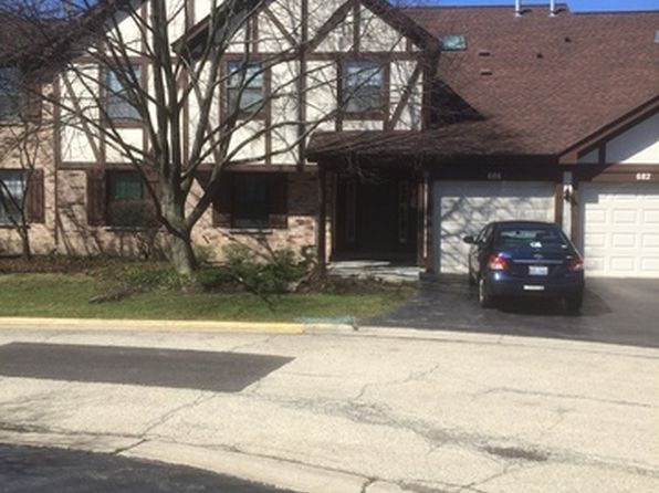 2 bed 2 bath Condo at 686 Catherine Ct Wood Dale, IL, 60191 is for sale at 156k - 1 of 8