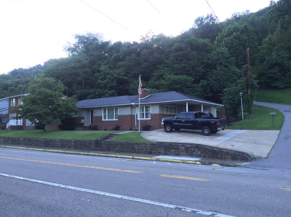 3 bed 2 bath Single Family at 116 Central Ave Logan, WV, 25601 is for sale at 155k - 1 of 45