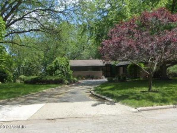 3 bed 3 bath Single Family at 823 Iroquois Trl Niles, MI, 49120 is for sale at 175k - 1 of 31