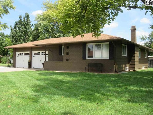 3 bed 2 bath Single Family at 3206 N Severance St Hutchinson, KS, 67502 is for sale at 160k - 1 of 12
