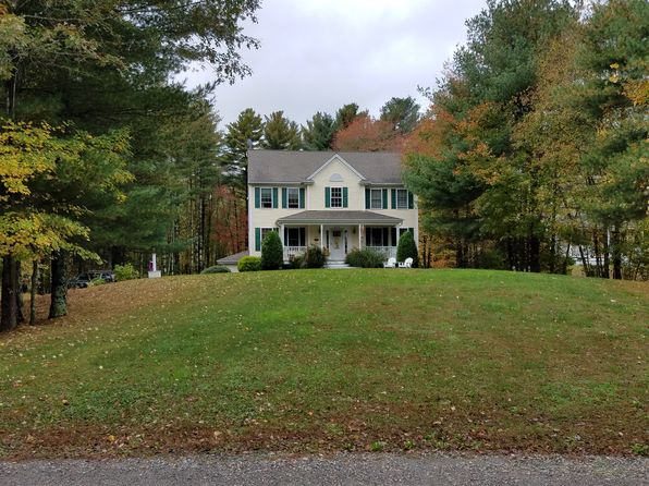 4 bed 3 bath Single Family at 435 Middle Rd Acushnet, MA, 02743 is for sale at 495k - 1 of 2