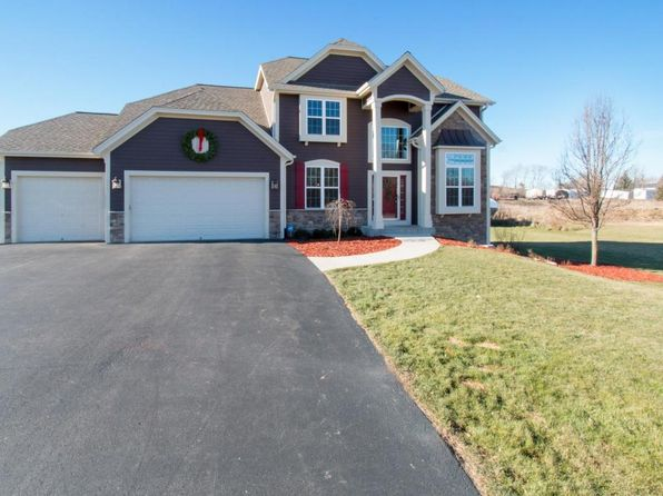 4 bed 3 bath Single Family at N7757 Cresthill Dr East Troy, WI, 53120 is for sale at 400k - 1 of 22