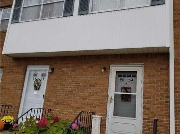 2 bed 3 bath Condo at 98 S Franklin Ave Valley Stream, NY, 11580 is for sale at 409k - 1 of 13