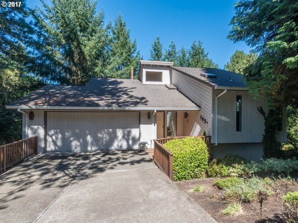 3 bed 3 bath Single Family at 1031 Oxford Dr Lake Oswego, OR, 97034 is for sale at 560k - 1 of 26
