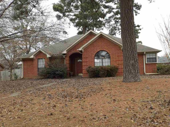 3 bed 2 bath Single Family at 122 Eastline Rd Wake Village, TX, 75501 is for sale at 140k - google static map