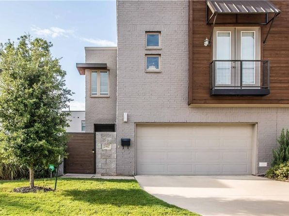 2 bed 3 bath Townhouse at 2912 Merrimac St Fort Worth, TX, 76107 is for sale at 450k - 1 of 35