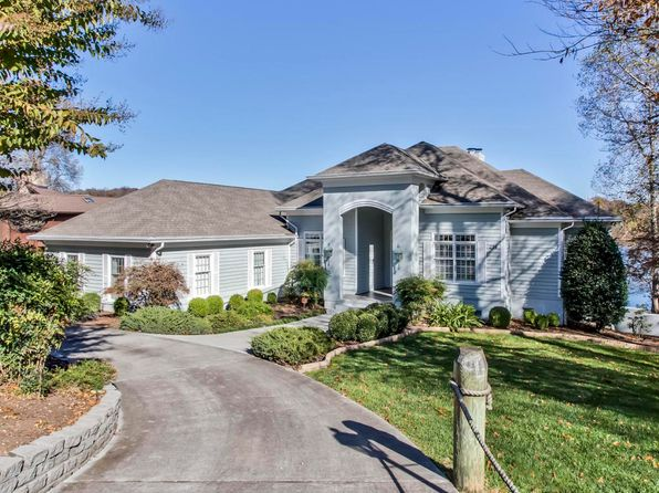 3 bed 4 bath Single Family at 294 Cheestana Way Loudon, TN, 37774 is for sale at 689k - 1 of 40