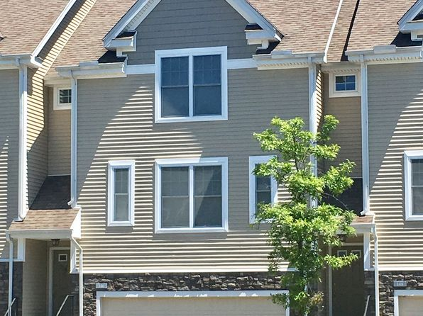 2 bed 3 bath Condo at 146 Kyles Way Shelton, CT, 06484 is for sale at 415k - 1 of 38