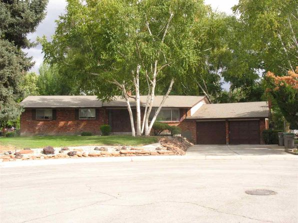 4 bed 3 bath Single Family at 4840 W Cresthaven Cir Boise, ID, 83704 is for sale at 350k - 1 of 25