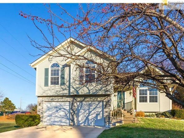 4 bed 3 bath Single Family at 1209 NE Coronado Ct Lees Summit, MO, 64086 is for sale at 216k - 1 of 25
