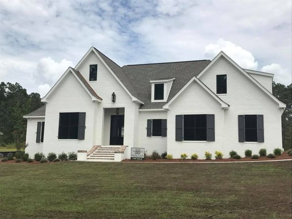 4 bed 3 bath Single Family at 29 Mandrell Hattiesburg, MS, 39402 is for sale at 360k - 1 of 21
