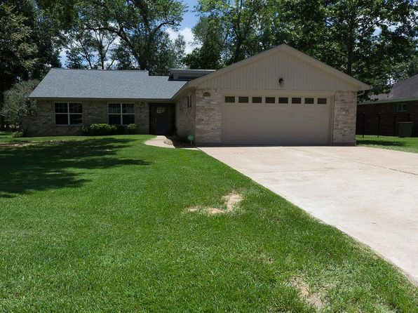 3 bed 2 bath Single Family at 20722 Squaw Valley Trl Crosby, TX, 77532 is for sale at 245k - 1 of 17