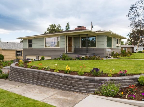 3 bed 2 bath Single Family at 939 NW Fir Ave Redmond, OR, 97756 is for sale at 340k - 1 of 25