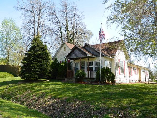 2 bed 1.5 bath Single Family at 203 E Main St Mount Erie, IL, 62446 is for sale at 47k - 1 of 30