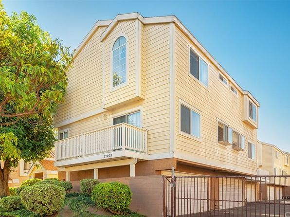 2 bed 1.5 bath Condo at 22003 Belshire Ave Hawaiian Gardens, CA, 90716 is for sale at 309k - 1 of 17