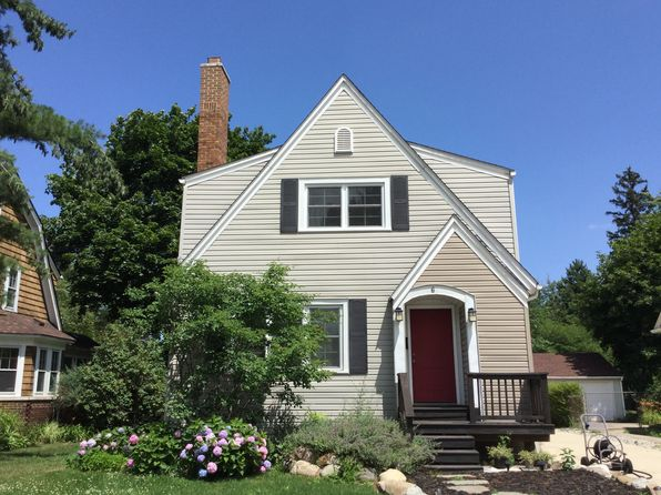 3 bed 4 bath Single Family at 6 Hanover Rd Pleasant Ridge, MI, 48069 is for sale at 565k - 1 of 24