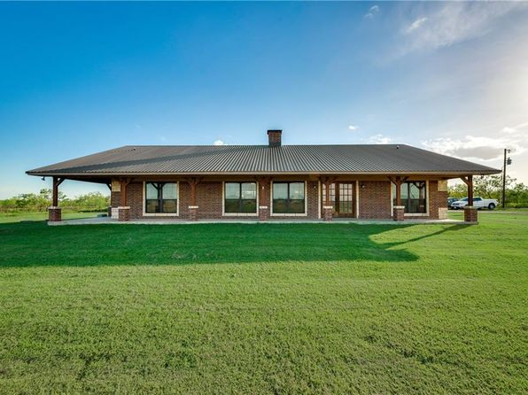 3 bed 2 bath Single Family at 4905 Fm 1181 Ennis, TX, 75119 is for sale at 340k - 1 of 35