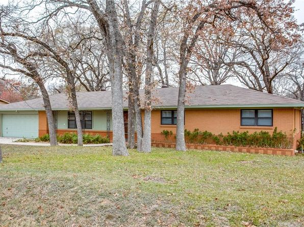 3 bed 2 bath Single Family at 1101 Jarvis Ln Azle, TX, 76020 is for sale at 169k - 1 of 25