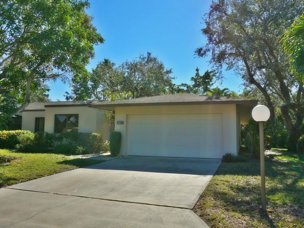 3 bed 2 bath Townhouse at 5877 WYLDEWOOD LAKES CT FORT MYERS, FL, 33919 is for sale at 200k - 1 of 24