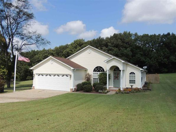 3 bed 2 bath Single Family at 192 Countryview Ln Dyersburg, TN, 38024 is for sale at 190k - 1 of 24