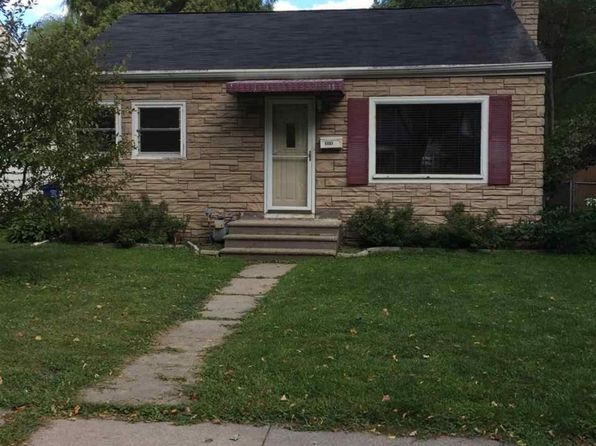 2 bed 1 bath Single Family at 1137 S Greenwood Ave Green Bay, WI, 54304 is for sale at 60k - 1 of 13
