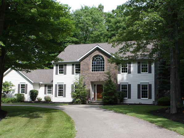 4 bed 3 bath Single Family at 12130 Burlington Glen Dr Chardon, OH, 44024 is for sale at 415k - 1 of 22