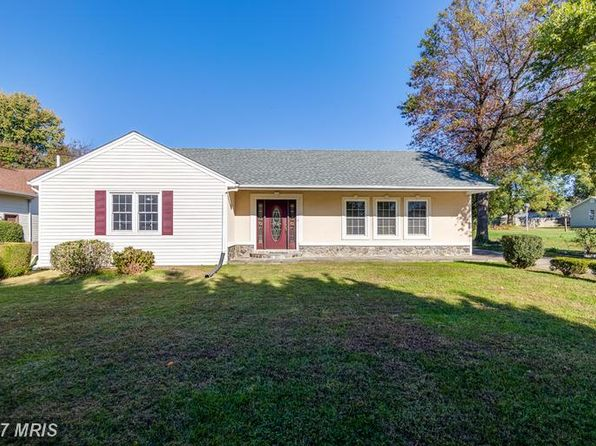 5 bed 3 bath Single Family at 13415 Marumsco Dr Woodbridge, VA, 22191 is for sale at 390k - 1 of 30