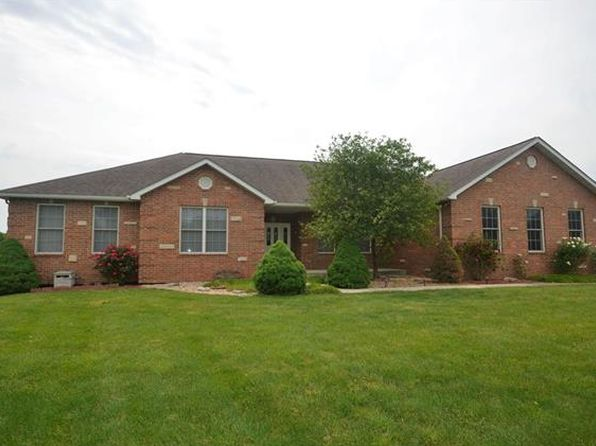 4 bed 2 bath Single Family at 4244 Water Oak Ln Smithton, IL, 62285 is for sale at 260k - 1 of 49