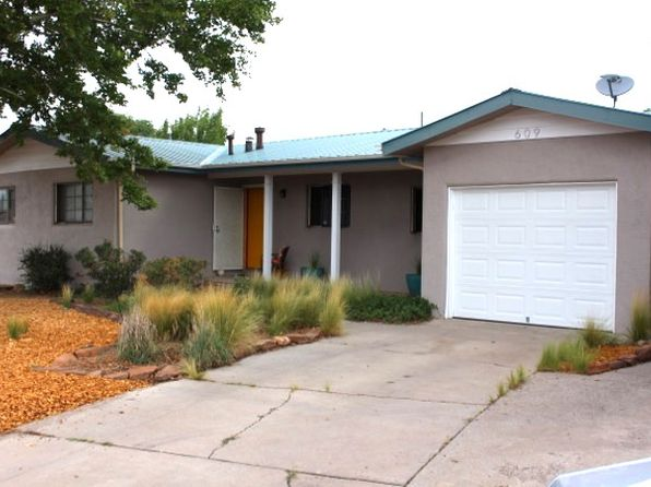 4 bed 3 bath Single Family at 609 Valley Dr Espanola, NM, 87532 is for sale at 299k - 1 of 43