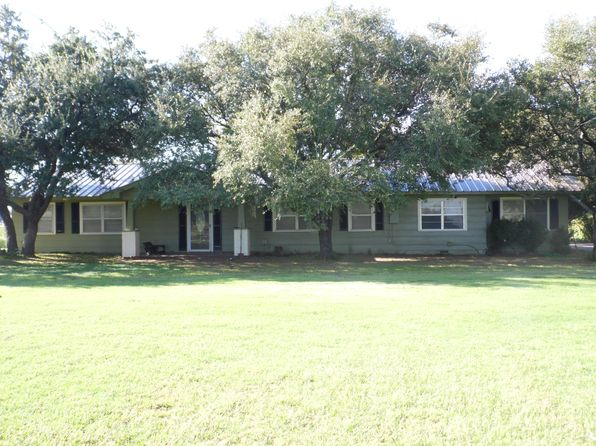 3 bed 1 bath Single Family at 486 GOOSENECK CEMETERY RD GRAHAM, TX, 76450 is for sale at 220k - 1 of 4