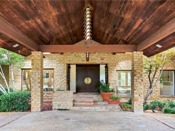 6 bed 6 bath Single Family at 309 Steeplechase Dr Irving, TX, 75062 is for sale at 950k - 1 of 36