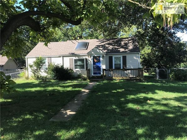 3 bed 2 bath Single Family at 5526 Long Ave Shawnee, KS, 66216 is for sale at 125k - 1 of 18