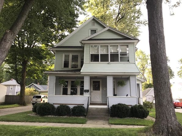 6 bed 2 bath Multi Family at 28 Warren St West Springfield, MA, 01089 is for sale at 215k - google static map