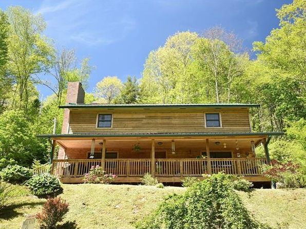 3 bed 3 bath Single Family at 11 Sweet Holler Dr Maggie Valley, NC, 28751 is for sale at 270k - 1 of 24