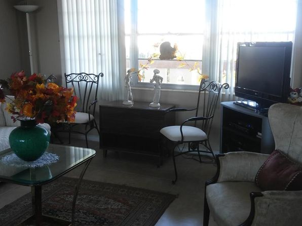 1 bed 1 bath Single Family at 3009 Newcastle A Boca Raton, FL, 33434 is for sale at 69k - 1 of 15